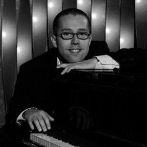 Benedikt Moser (Piano)
